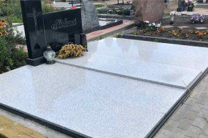 kapų tvarkymas - kapų dengimas plokštėmis 4