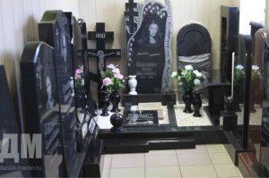 Paminklai kapams - kapų tvarkymas