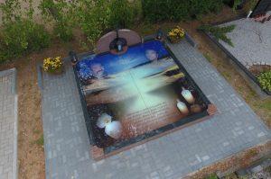 Stikliniai 3D Antkapiai - kapų tvarkymas - dangus 2