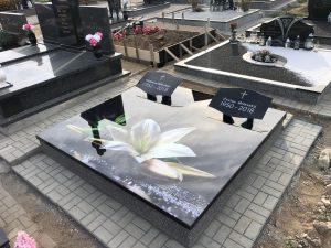 Stikliniai 3D Antkapiai - kapų tvarkymas - lelija