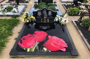 Stikliniai 3D Antkapiai - kapų tvarkymas - raudonos rožės