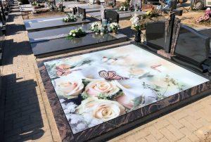 Stikliniai 3D Antkapiai - kapų tvarkymas - rožės