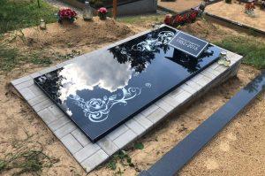 Stikliniai 3D Antkapiai - kapų tvarkymas - stiklinis paminklas